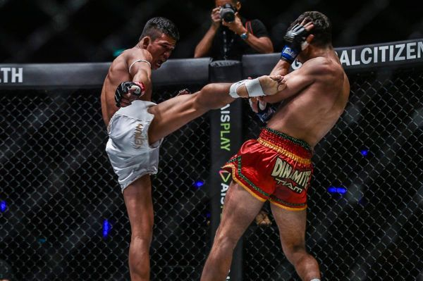Superlek Wins Fast And Furious Muay Thai Battle With Rui Botelho