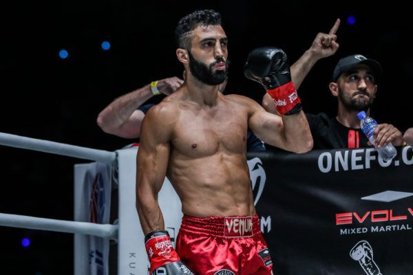 Giogio Petrosyan defeats Petchmorakot Petchyindee Academy via unanimous decision at ONE: MASTERS OF DESTINY