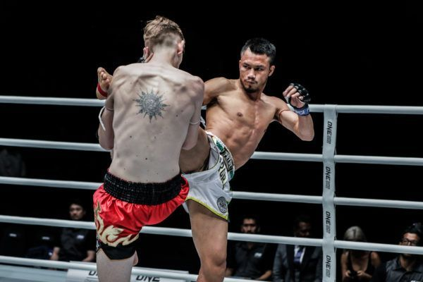 Sorgraw Edges Out George Mann In Three-Round Muay Thai Clash