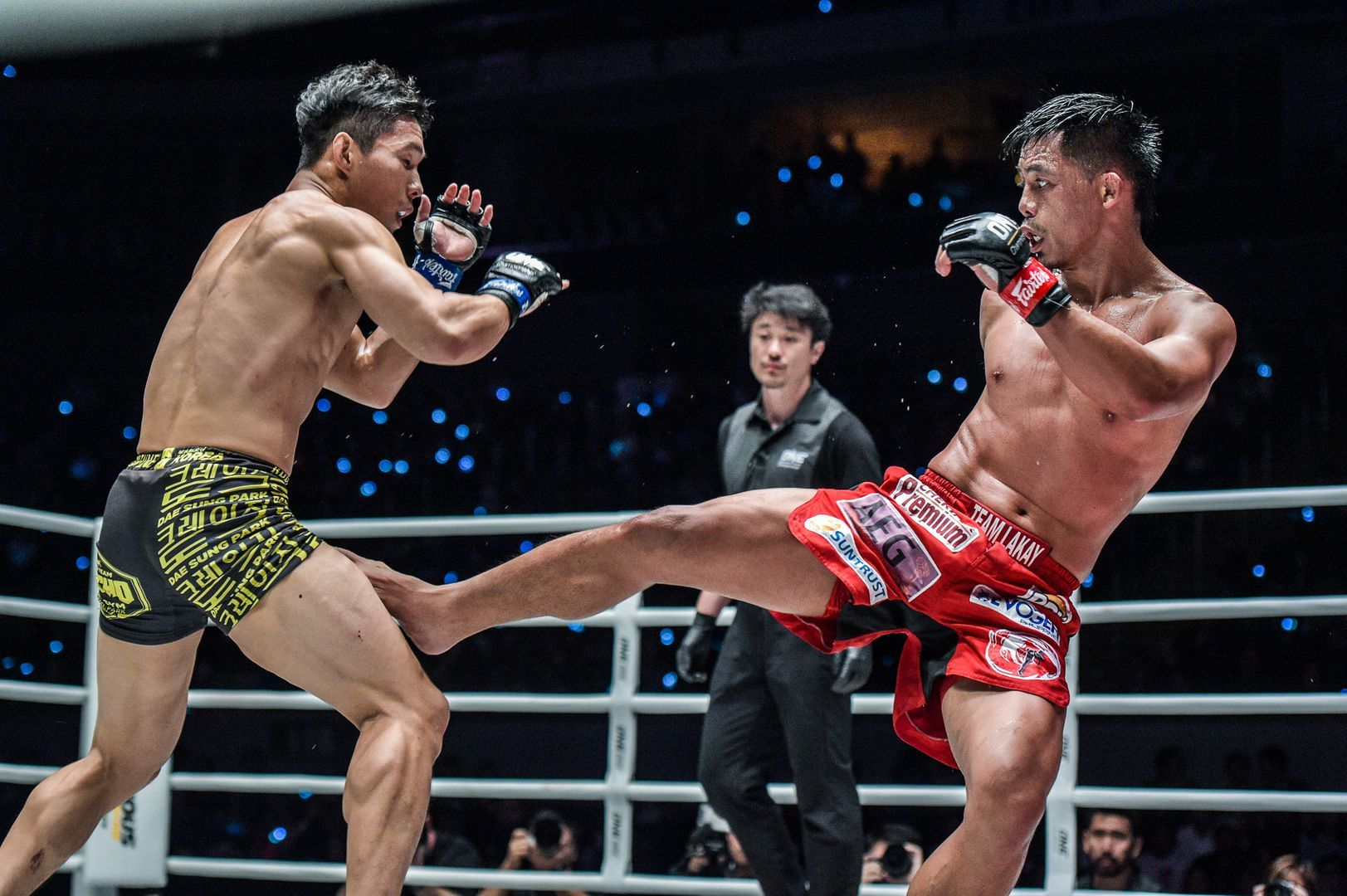 Honorio Banario throws a low kick at ONE: DAWN OF HEROES