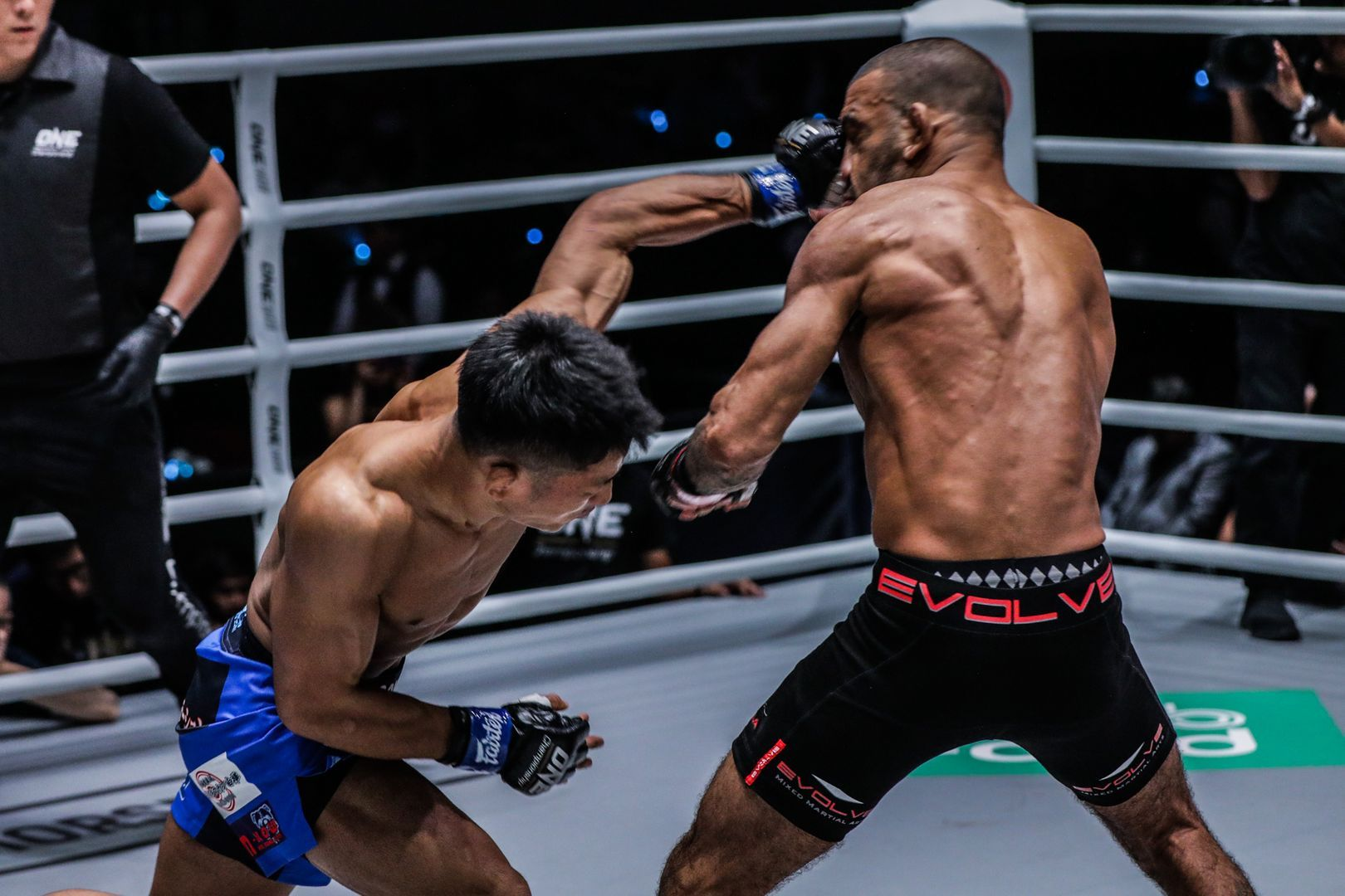 Daichi Takenaka defeats Leandro Issa by knockout at ONE: DAWN OF HEROES