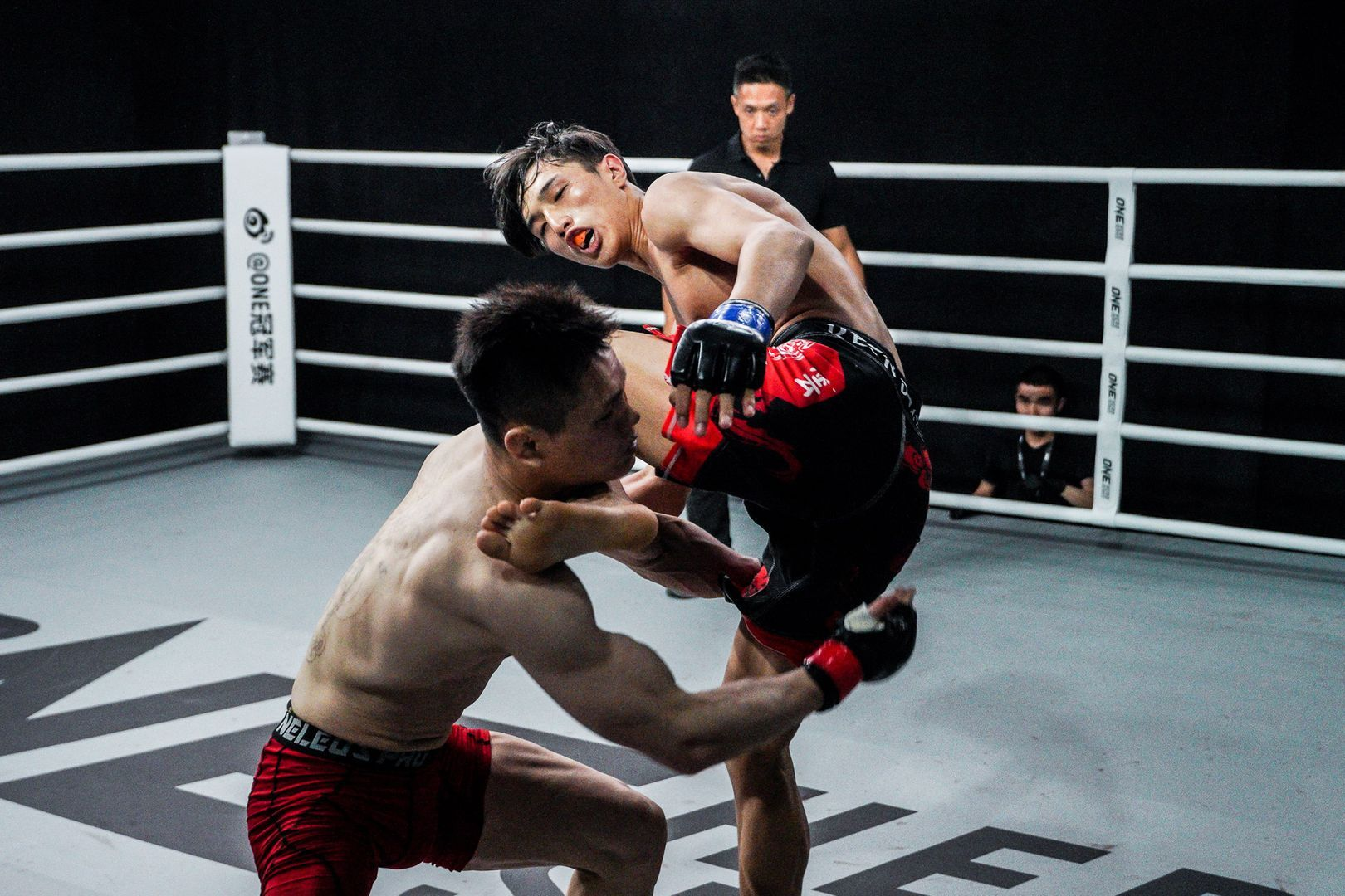 Chinese mixed martial arts prospect Luo Zhou Jiang Cuo