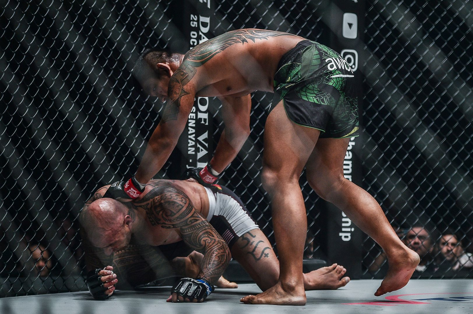 Aung La N Sang finishes Brandon Vera at ONE CENTURY PART II