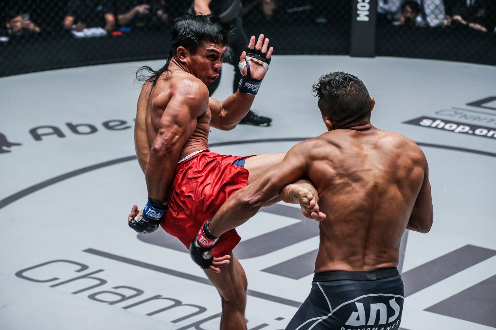 Bibiano Fernandes defeats Kevin Belingon At ONE CENTURY PART II DUX-2269