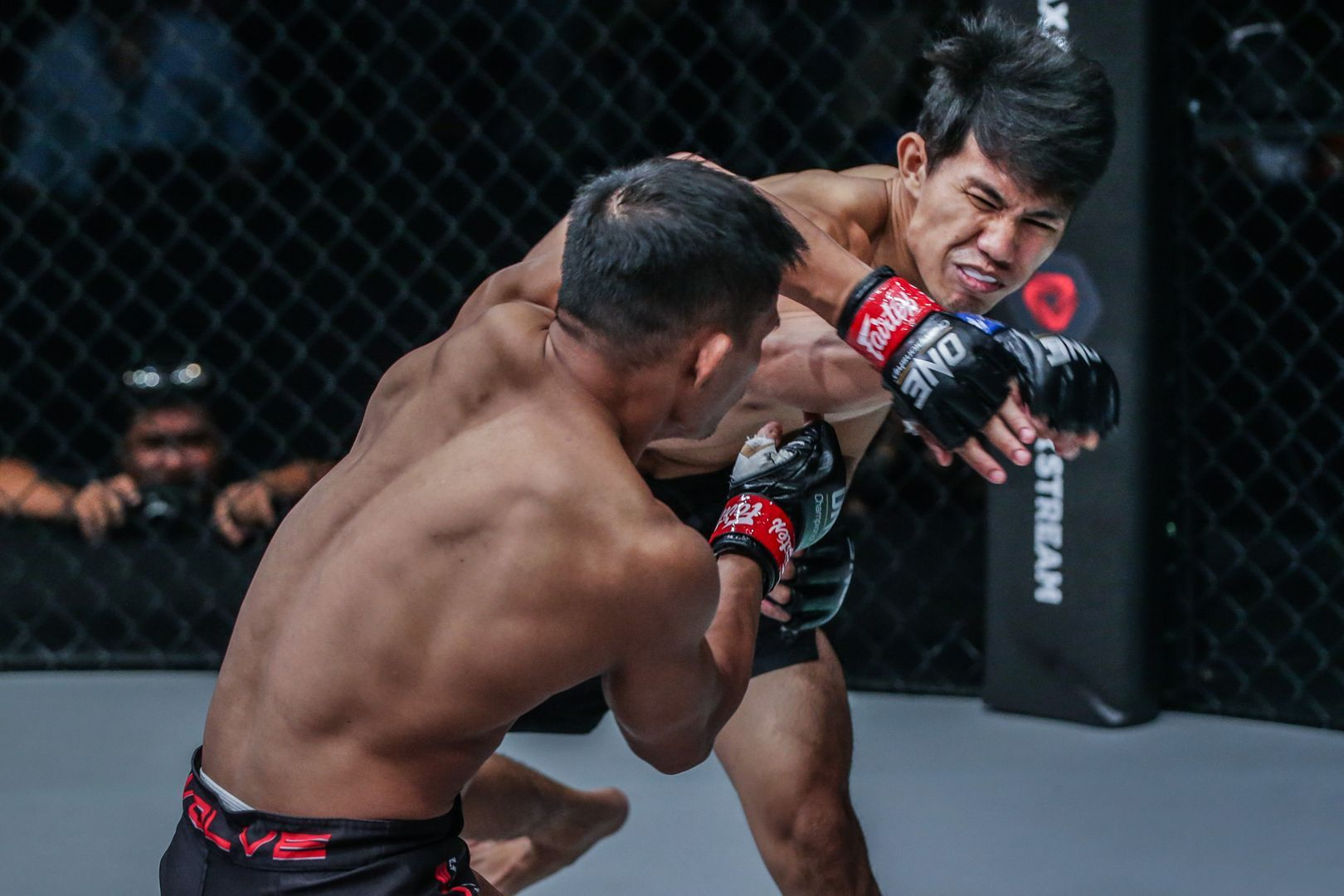 Eko Roni Saputra defeats Kaji Ebin at ONE DAWN OF VALOR