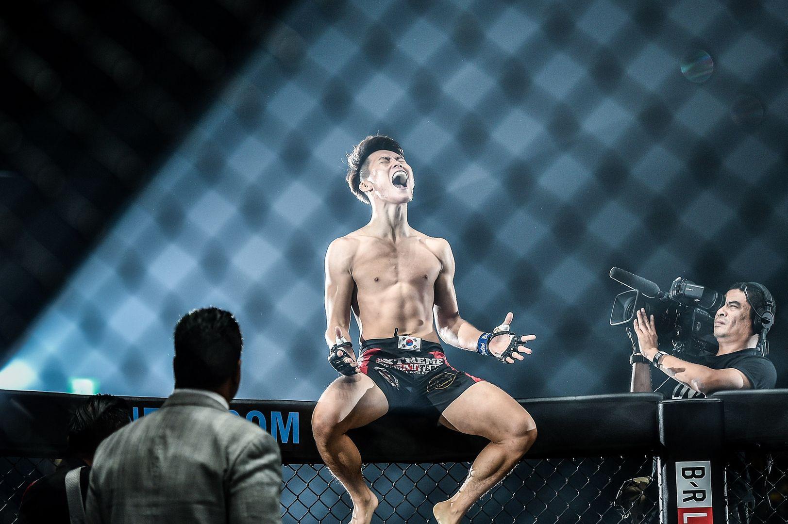 Kwon Won Il at ONE CENTURY