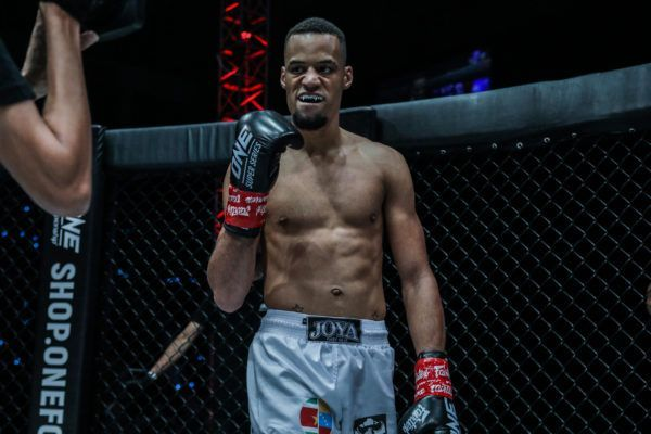 Dutch kickboxer Regian Eersel is pumped up to fight