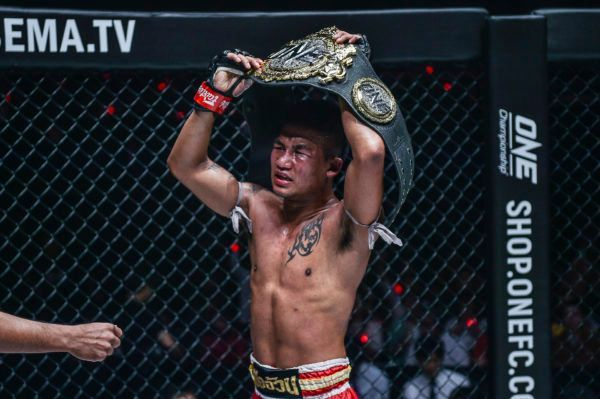 ONE Flyweight Muay Thai World Champion Rodtang Jitmuangnon raises the belt