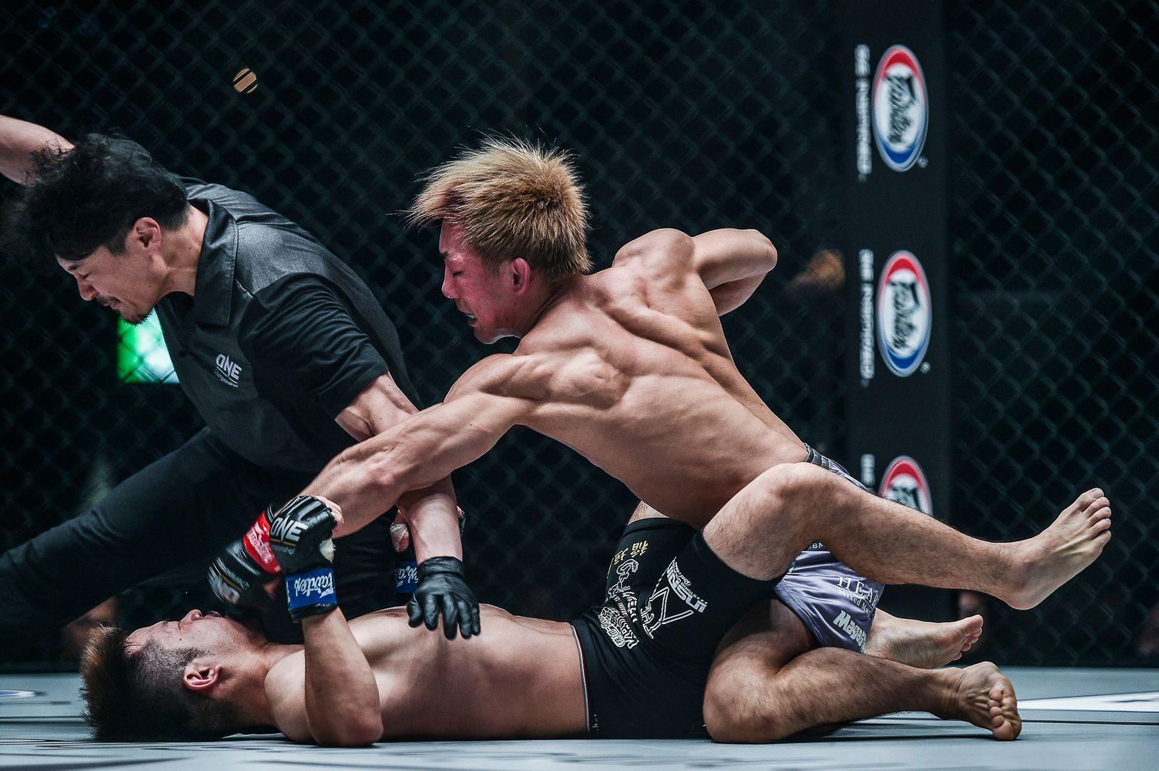 Yosuke Saruta defeats Daichi Kitakata at ONE: CENTURY PART II