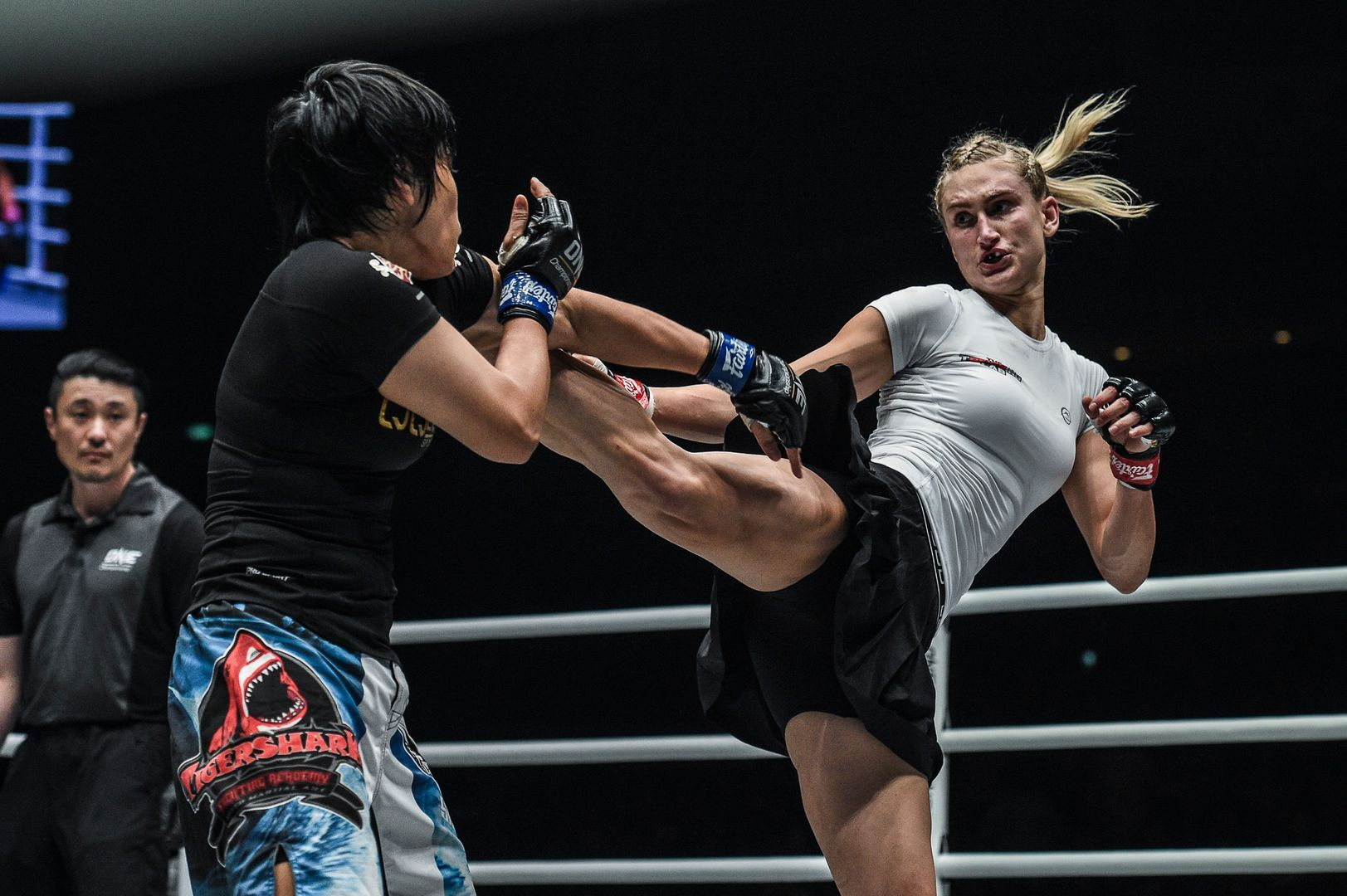 American MMA fighter Colbey Northcutt fires off a high kick against Putri Padmi at ONE: EDGE OF GREATNESS.