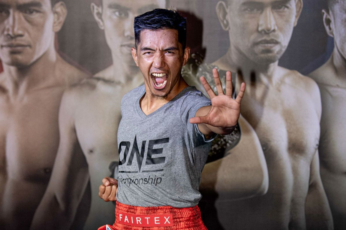 Geje Eustaquio at the ONE MASTERS OF FATE Open Workout