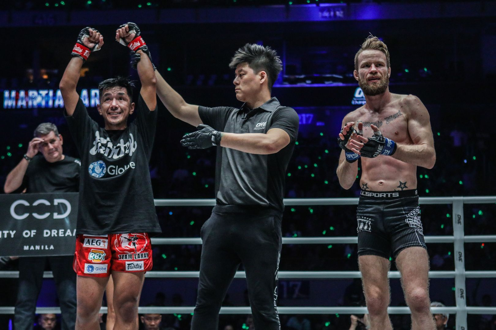 Geje Eustaquio celebrates his defeat of Toni Tauru at ONE MASTERS OF FATE