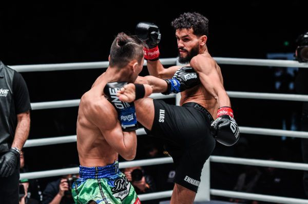 Ilias Ennahachi defeats Wang Wenfeng at ONE AGE OF DRAGONS