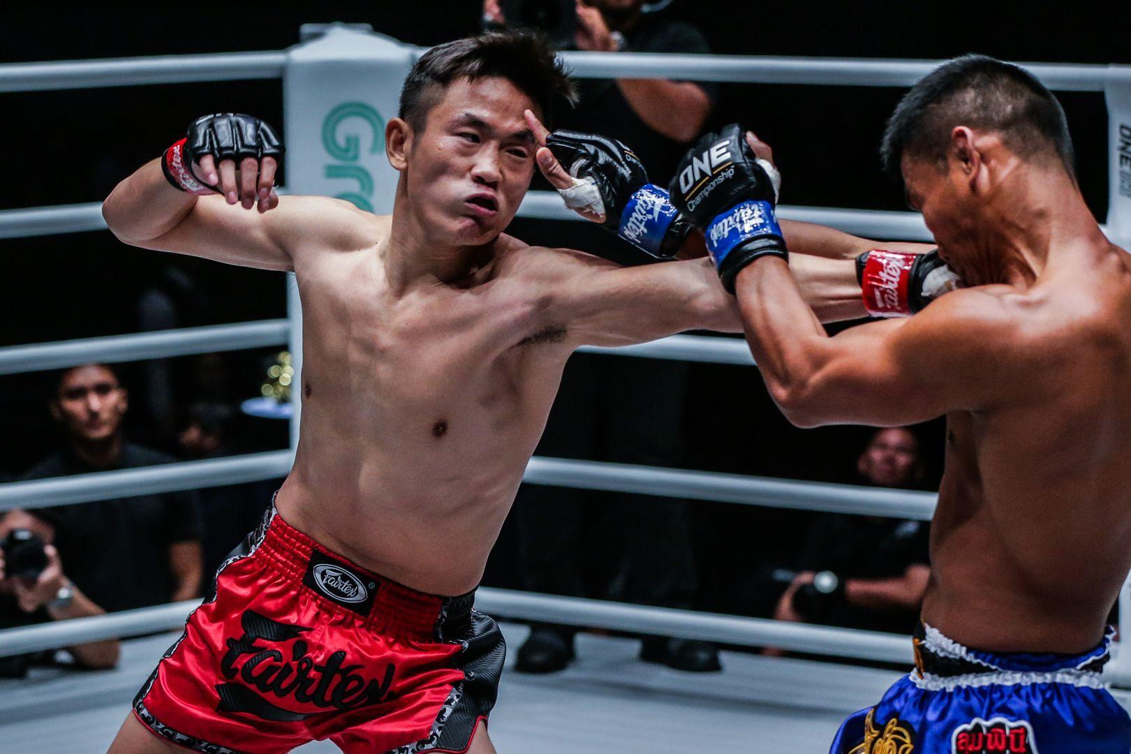 Han Zi Hao attacks Kongsak PK.Saenchaimuaythaigym at ONE MASTERS OF FATE