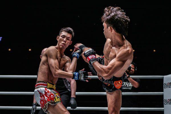 Nguyen Tran Duy Nhat defeats Yuta Watanabe