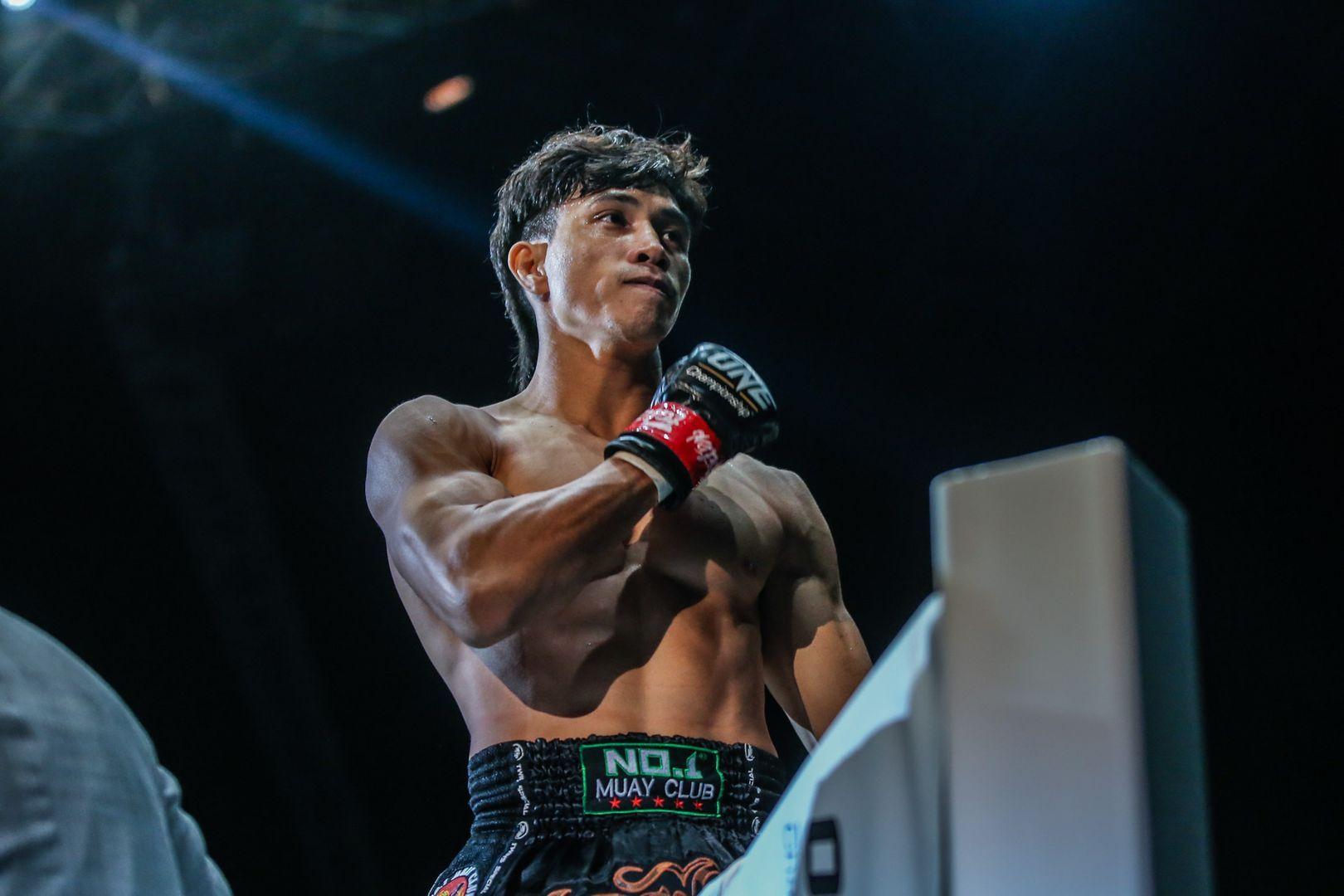 Vietnamese Muay Thai striker Nguyen Tran Du Nhat