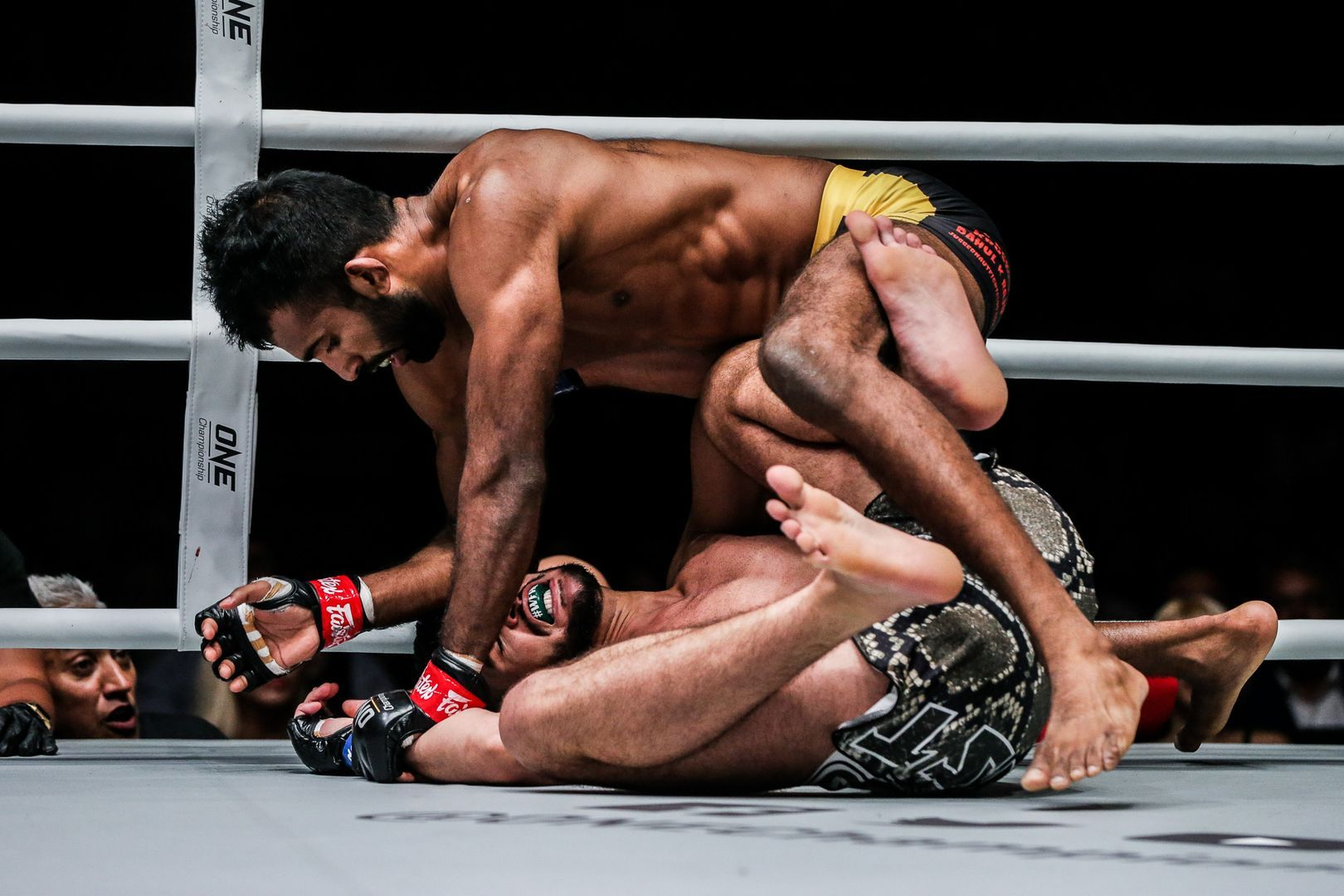 Rahul Raju defeats Furqan Cheema at ONE EDGE OF GREATNESS in Singapore