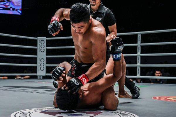 Roshan Mainam vs. Khon Sichan at ONE: MASTERS OF FATE in Manila, Philippines