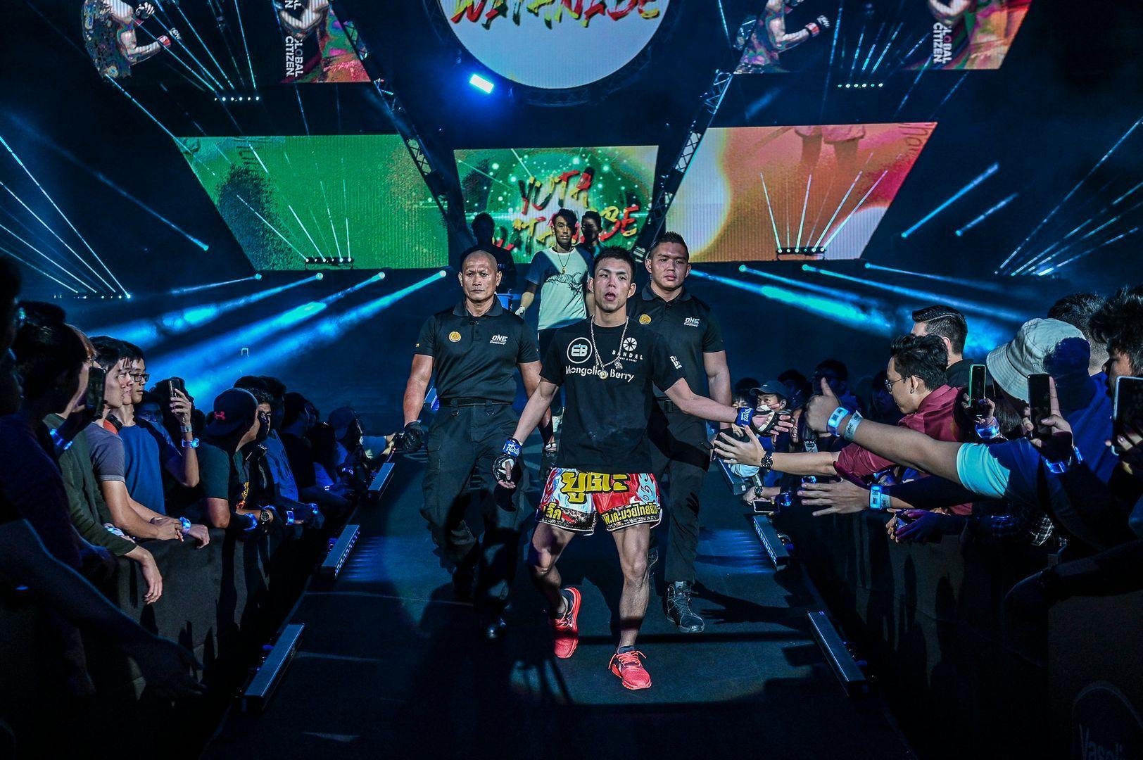 Japanese Muay Thai Fighter Yuta Watanabe enters the arena