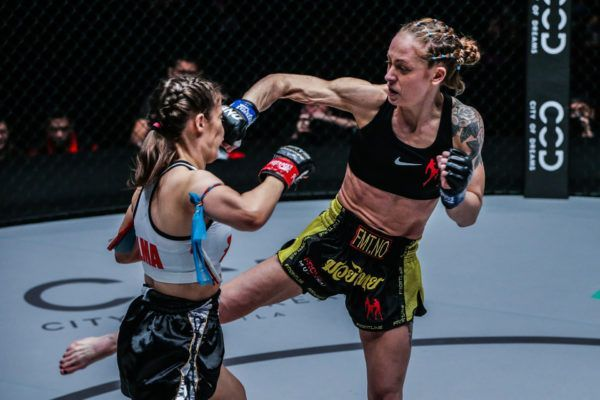Anne Line Hogstat defeats Alma Juniku