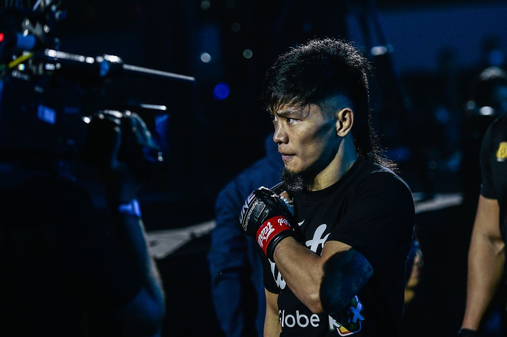 Lito Adiwang enters the Mall Of Asia Arena