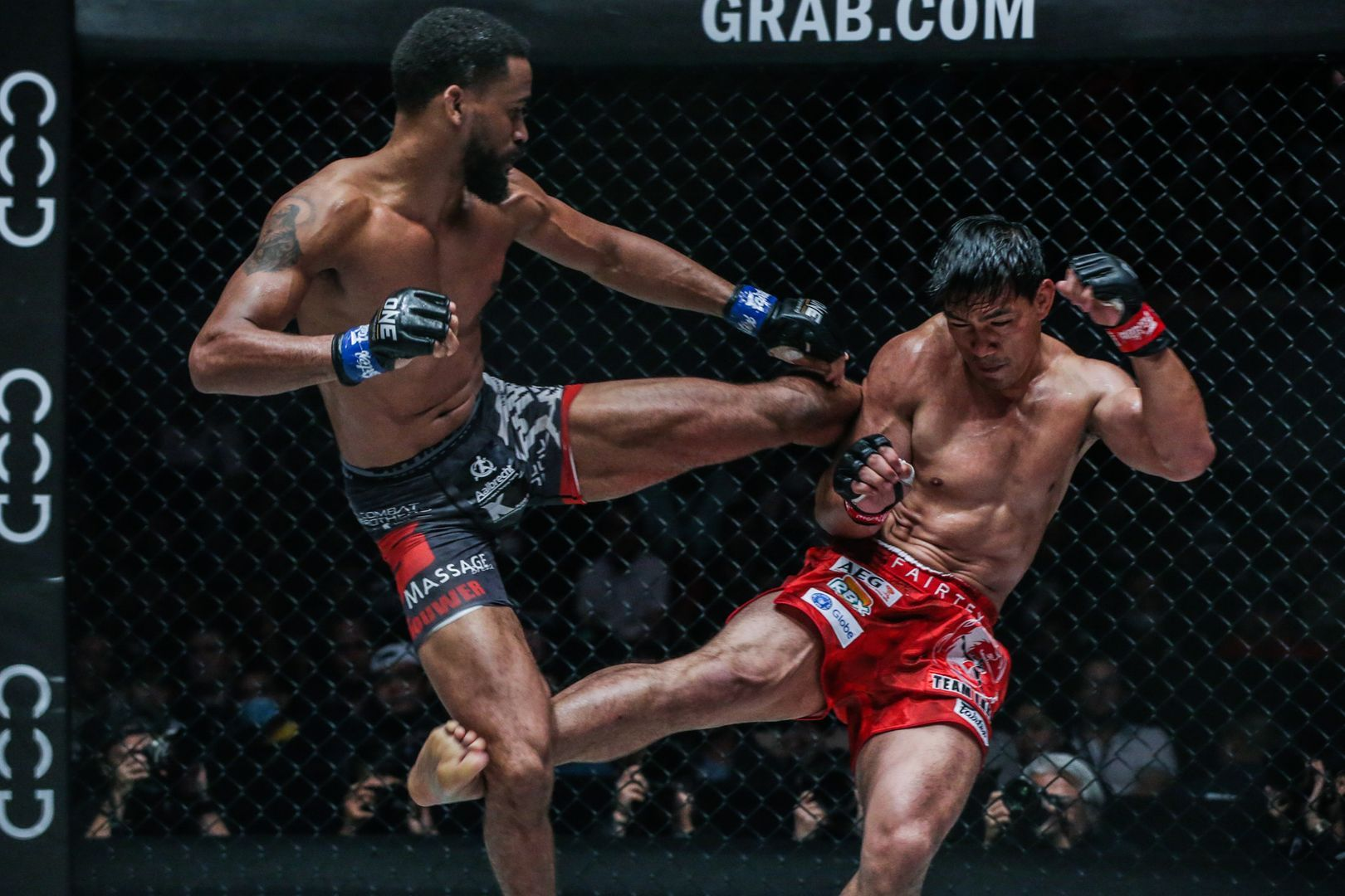 Surging Dutchman Pieter Buist competes against Filipino icon Eduard Folayang