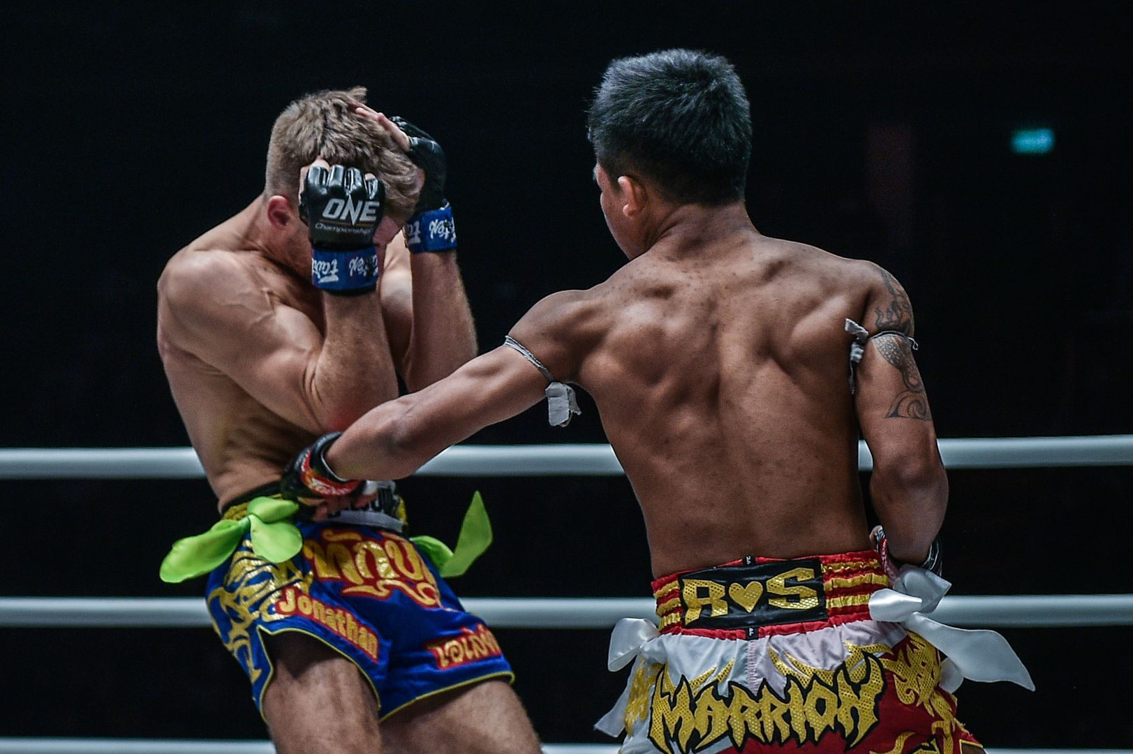 Rodtang Jitmuangnon defeats Jonathan Haggerty at ONE A NEW TOMORROW