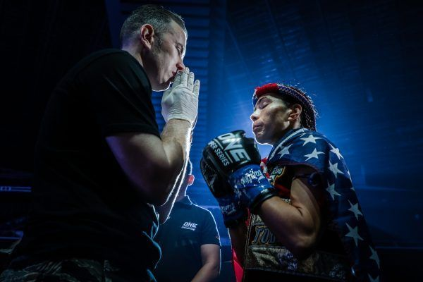 Janet Todd Shares A Prayer With Her Cornerman Before Her Match Against Stamp Fairtex