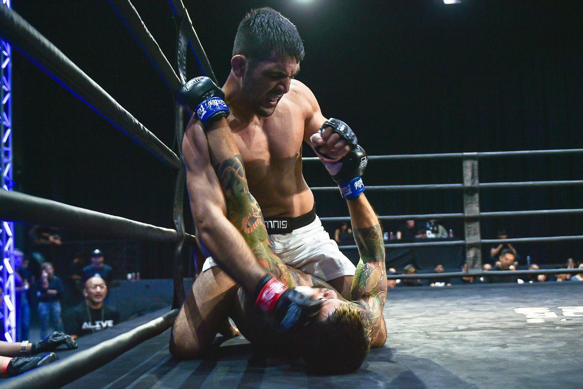 Mehdi Bagheri defeats Koji Shikuwa