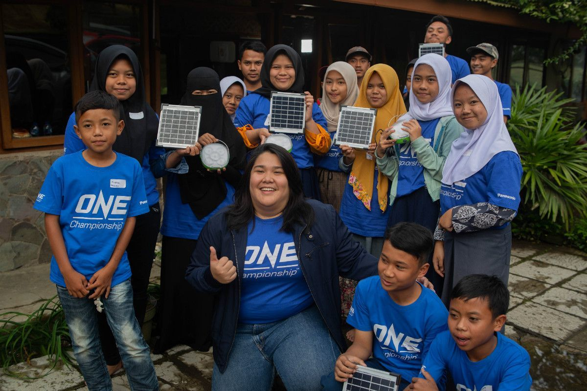 ONE Championship teams up with Panasonic to bring solar lanterns to beneficiaries of Yayasan Usaha Mulia in West Java, Indonesia