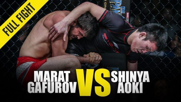 Marat Gafurov and Shinya Aoki grapple in a super fight at ONE: KINGS OF COURAGE.