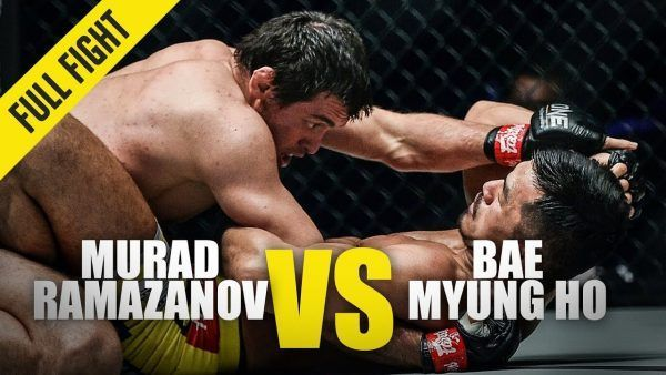 Russia's Murad Ramazanov works from the guard of Bae Myung Ho at ONE: KING OF THE JUNGLE.