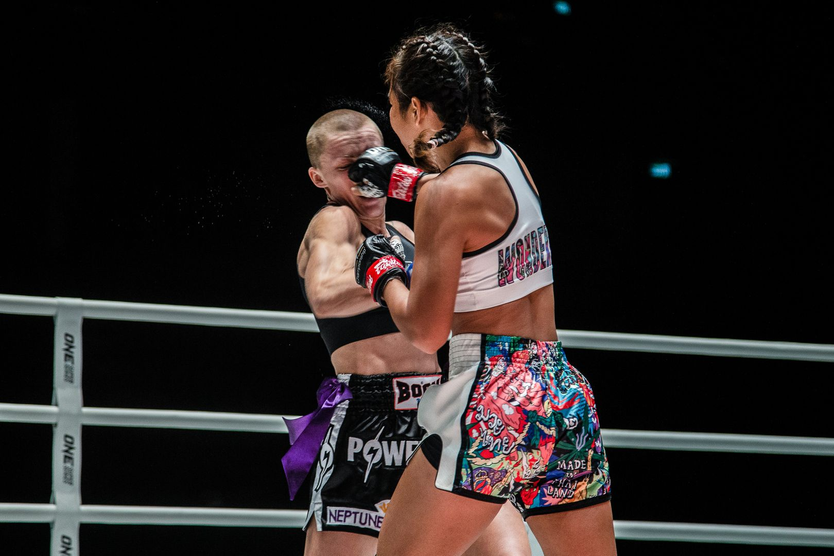 Wondergirl Fairtex fights Brooke Farrell in a Muay Thai bout at ONE: NO SURRENDER III