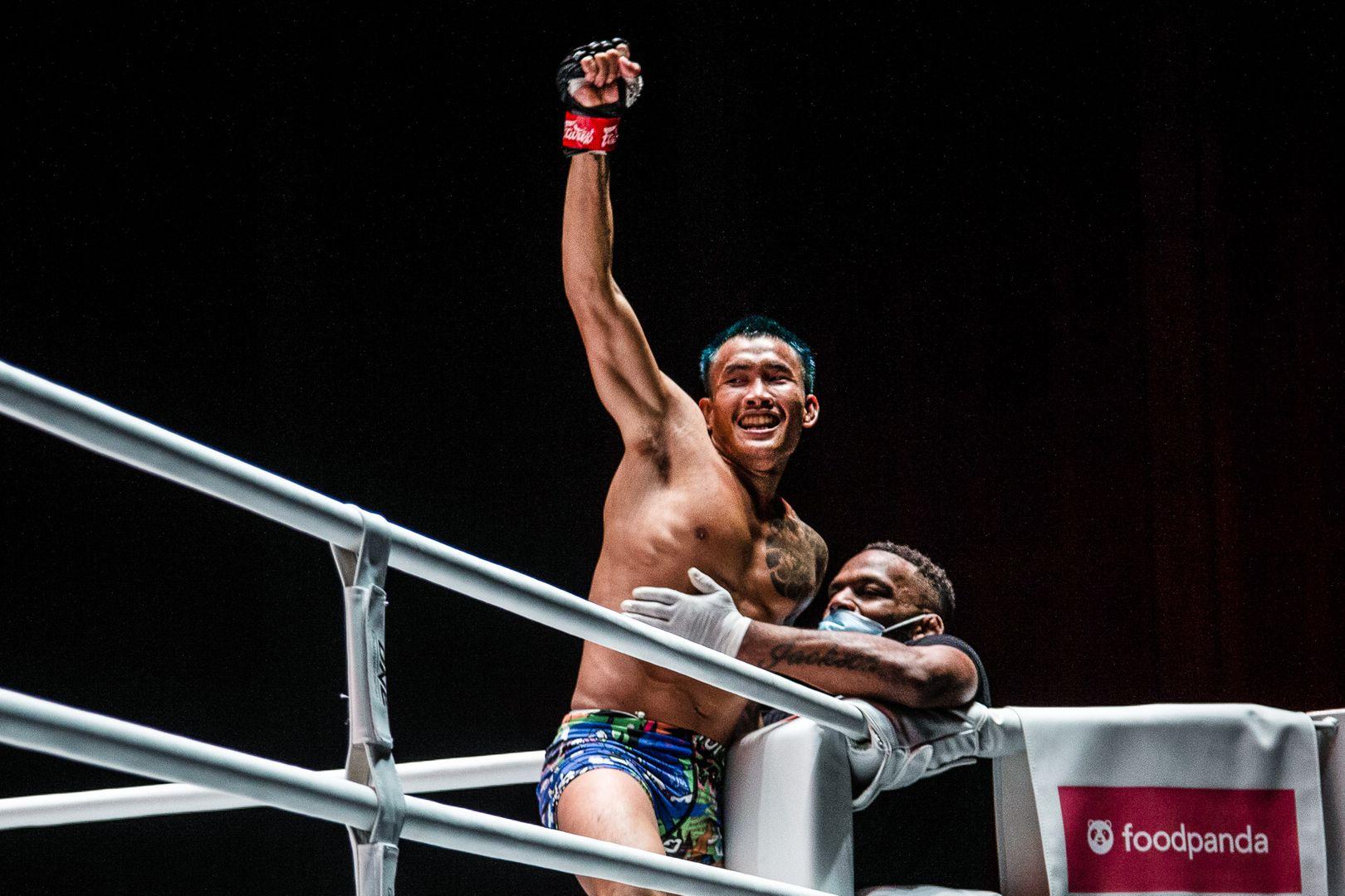 Yodkaikaew Fairtex celebrates his first win in ONE