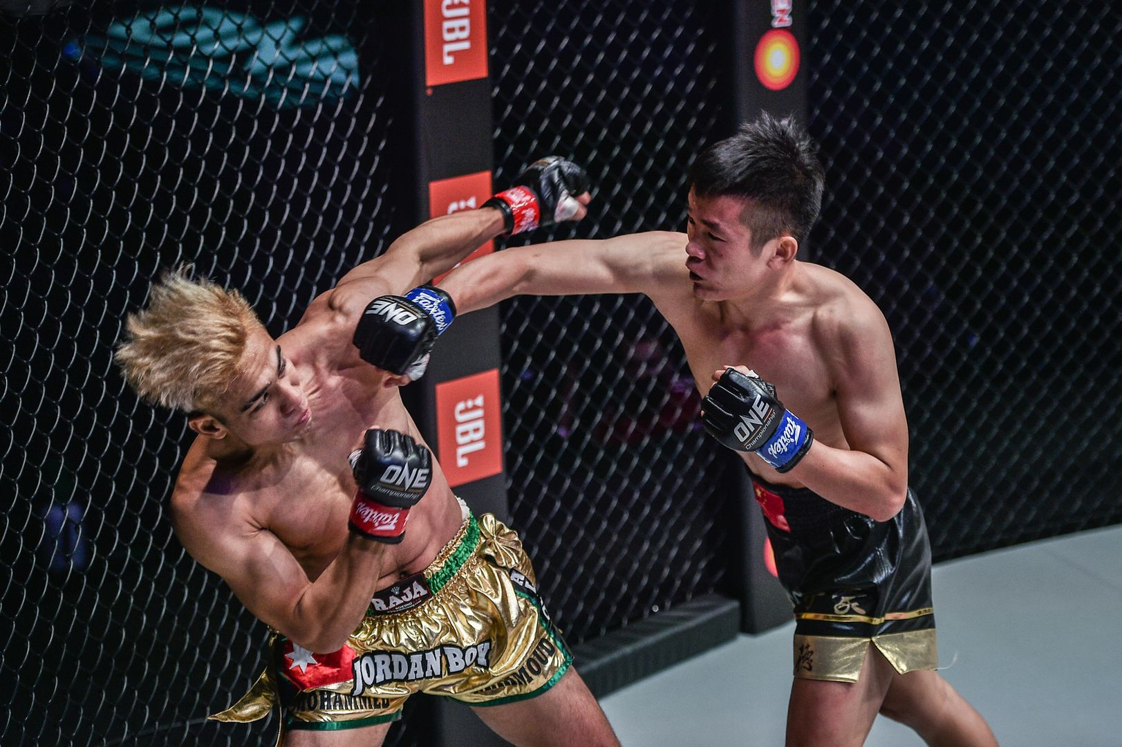 Bantamweight Muay Thai stars Mohammed Bin Mahmoud and Han Zi Hao fight at ONE: REIGN OF DYNASTIES II