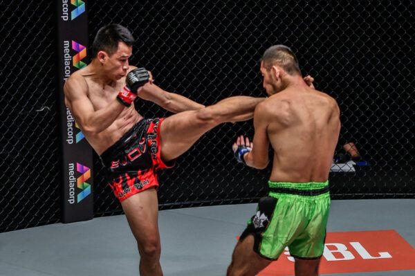 Muay Thai featherweight stars Sagetdao Petpayathai and Zhang Chunya fight at ONE: REIGN OF DYNASTIES II