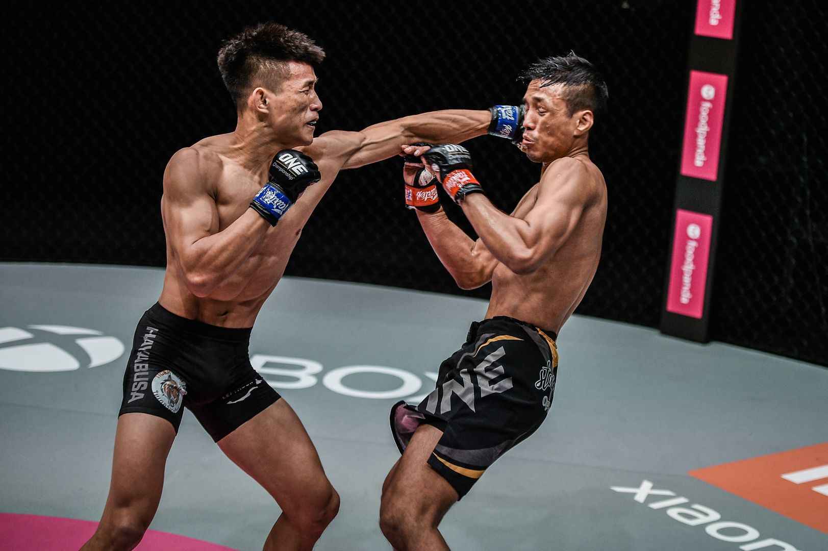 Featherweight mixed martial arts stars Tang Kai and Keanu Subba fight at ONE: REIGN OF DYNASTIES II