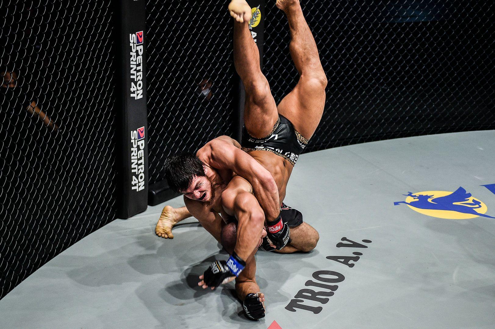 Russian MMA fighter Murad Ramazanov squares off against Hiroyuki Tetsuka at ONE: INSIDE THE MATRIX III