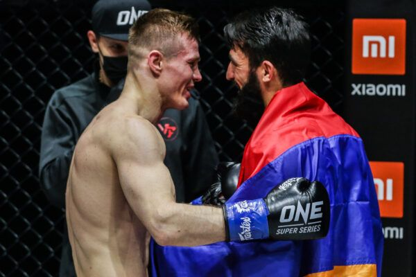 Kickboxers Marat Grigorian and Ivan Kondratev fight at ONE: BIG BANG