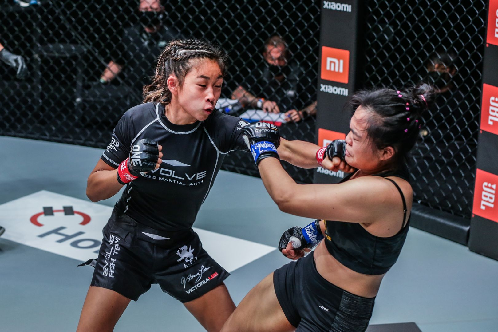 Victoria Lee fights Sunisa Srisen at ONE: FISTS OF FURY on 26 February