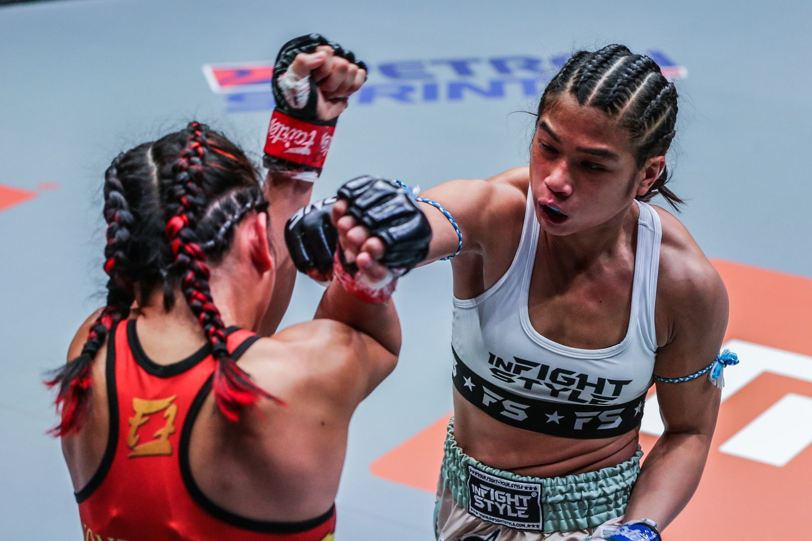 Jackie Buntan fights Wondergirl Fairtex at ONE: FISTS OF FURY