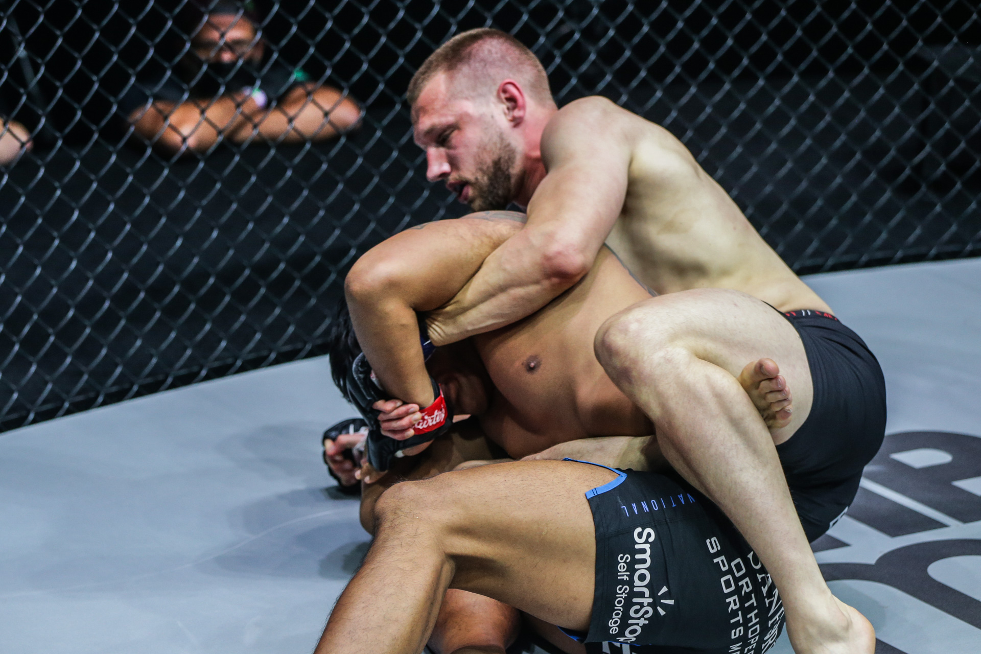 """Pictures from the fight between Aung La N Sang and Reinier De Ridder at """"ONE on TNT IV"""""""