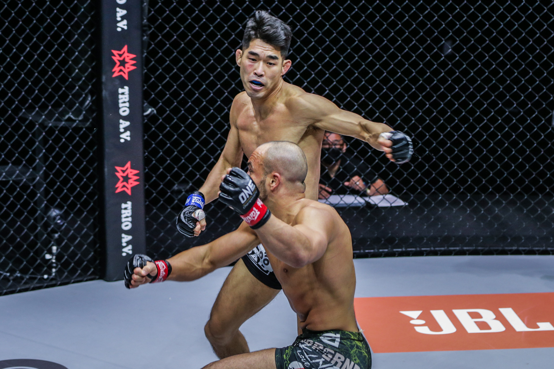 "Pictures from Eddie Alvarez vs. Ok Rae Yoon from ""ONE on TNT IV"""