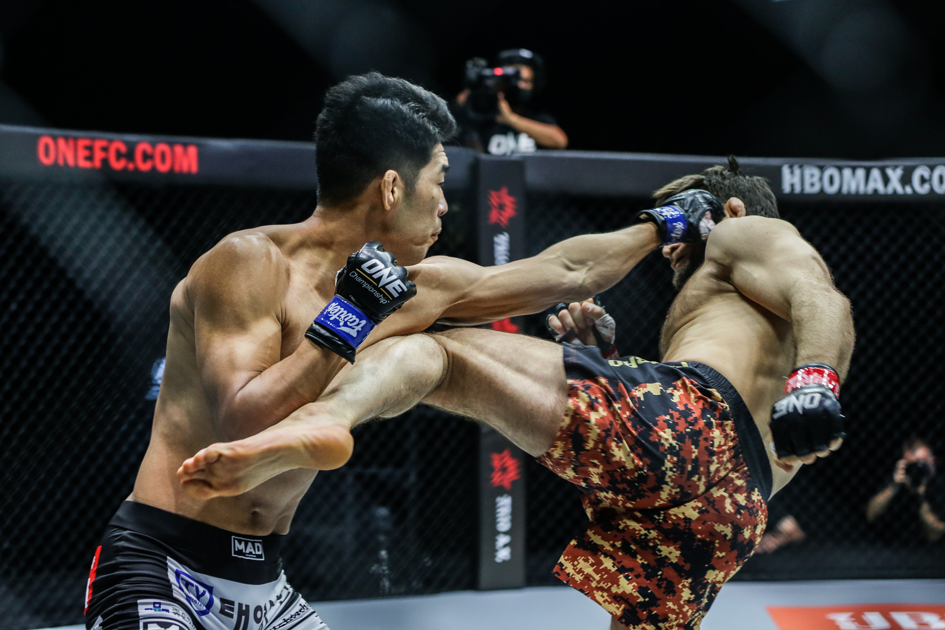 Lead Card: Ok Earns Date With Alvarez, Holzken KOs Parr - ONE Championship  – The Home Of Martial Arts
