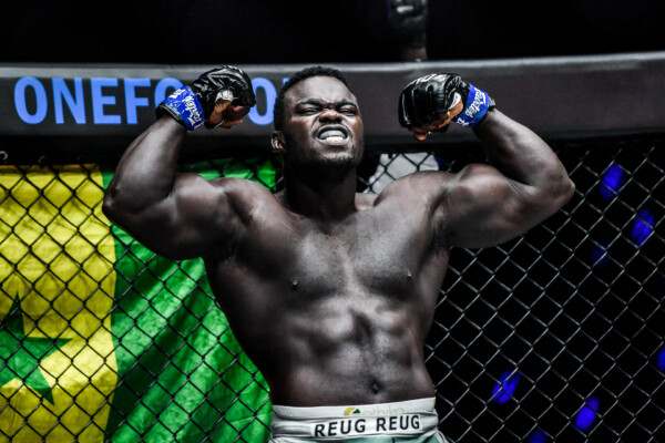 "Senegalese MMA star ""Reug Reug"" Oumar Kane flexes hard before his fight"
