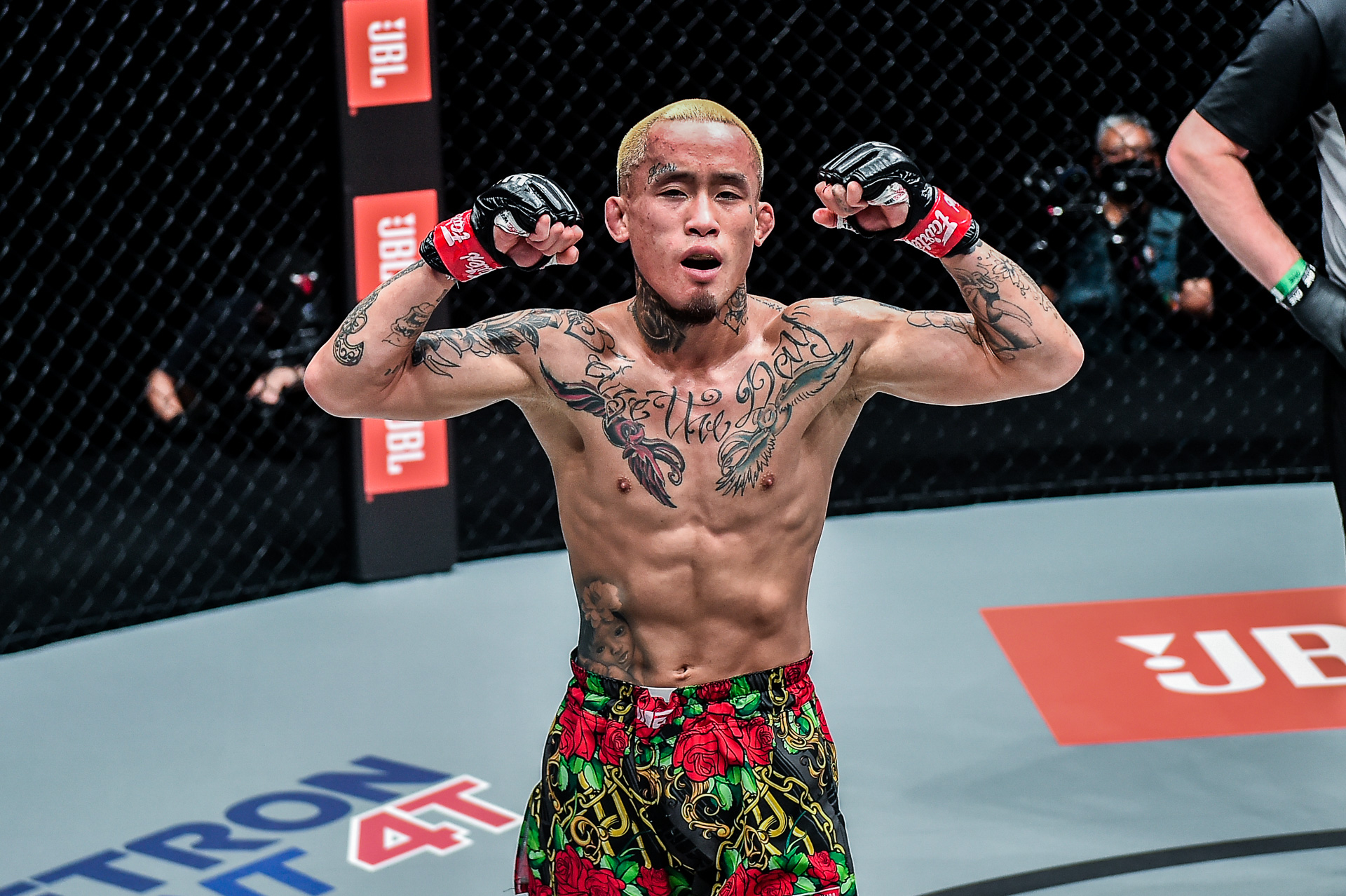 Scenes from the fight between Anthony Do and Liang Hui at ONE: FULL BLAST