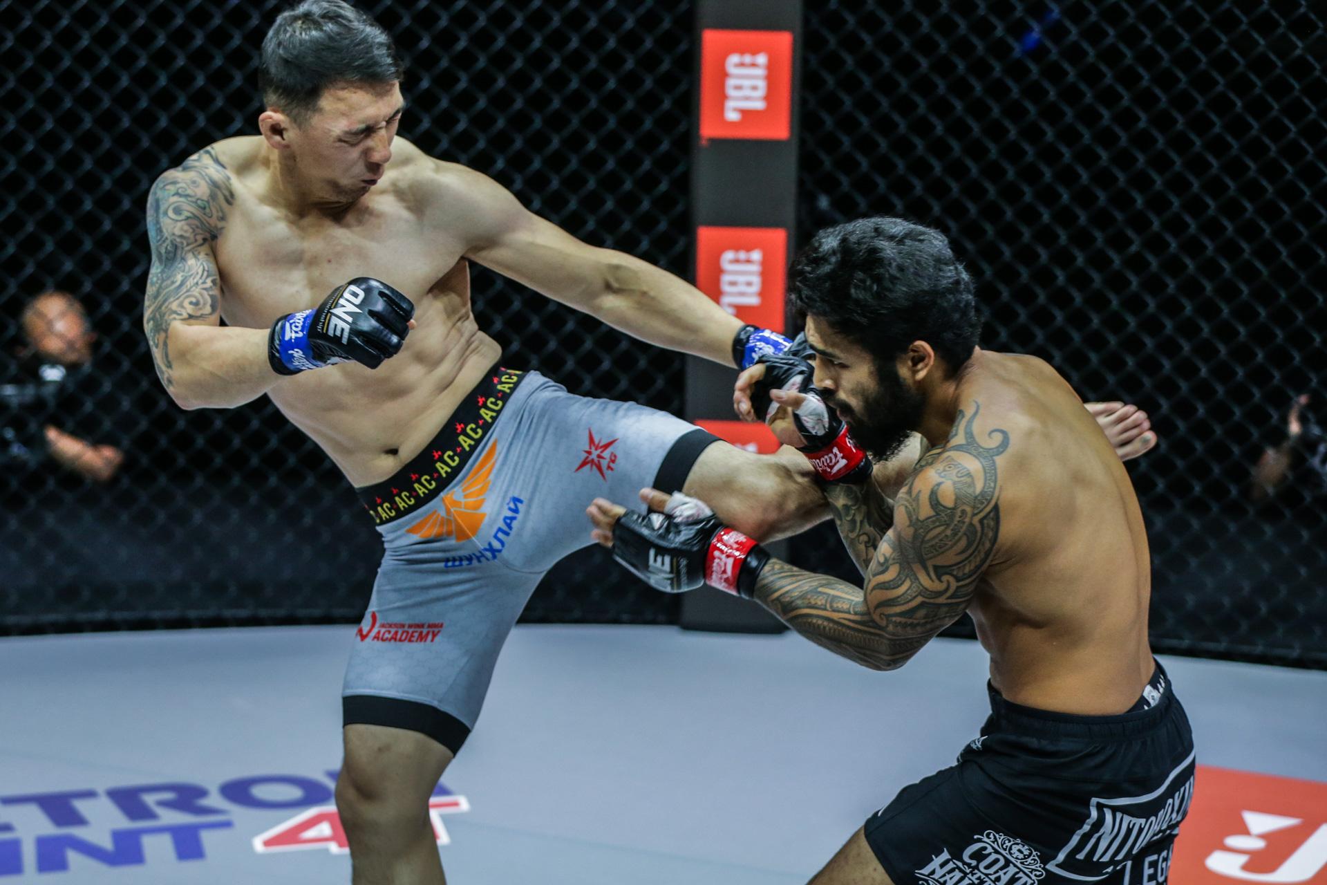 Pictures from the Amarsanaa Tsogookhuu vs. Ben Wilhelm bout at ONE: FULL BLAST II