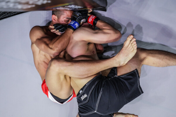 South Korean MMA fighter Yoon Chang Min submits Ma Jia Wen at ONE: FULL BLAST II