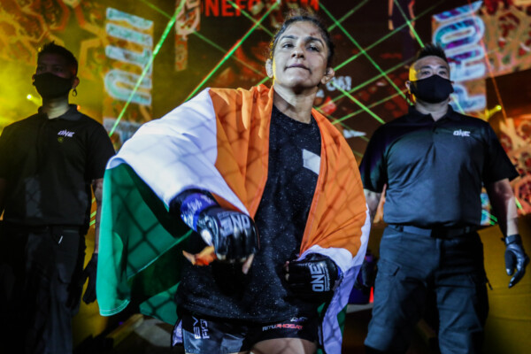 Pictures from the fight between Ritu Phogat and Meng Bo from ONE: EMPOWER