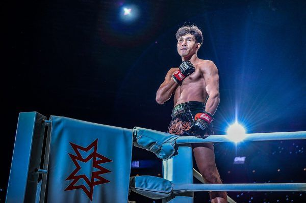 Vietnamese Muay Thai fighter Nguyen Tran Duy Nhat